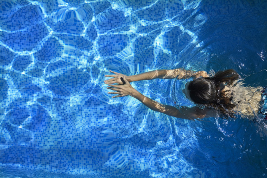 Knowledge Centre - Swimming With Colostomy Bag - All You